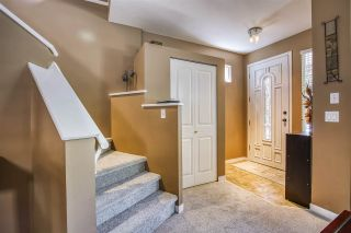 """Photo 7: 18468 66A Avenue in Surrey: Cloverdale BC House for sale in """"HEARTLAND"""" (Cloverdale)  : MLS®# R2476706"""