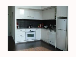 """Photo 3: 103 REGIMENT Square in Vancouver: Downtown VW Townhouse  in """"SPECTRUM 3"""" (Vancouver West)  : MLS®# V817637"""