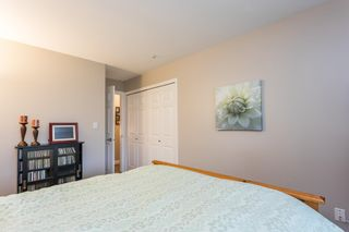 """Photo 23: 107 5909 177B Street in Surrey: Cloverdale BC Condo for sale in """"Carridge Court"""" (Cloverdale)  : MLS®# R2602969"""