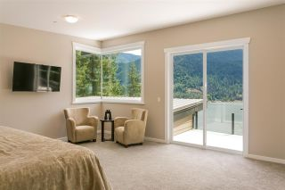 Photo 13: 304 SASAMAT Lane in North Vancouver: Woodlands-Sunshine-Cascade House for sale : MLS®# R2283850