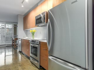 Photo 8: 409 221 UNION STREET in Vancouver: Mount Pleasant VE Condo for sale (Vancouver East)  : MLS®# R2119480