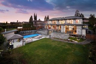 Photo 1: 790 BAYCREST Drive in North Vancouver: Dollarton House for sale : MLS®# R2530967