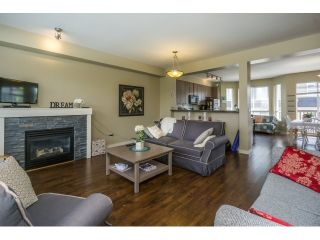 """Photo 5: 50 7155 189 Street in Surrey: Clayton Townhouse for sale in """"BACARA"""" (Cloverdale)  : MLS®# R2062840"""