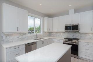 Photo 8: 242 Lone Oak Pl in : La Mill Hill House for sale (Langford)  : MLS®# 877025