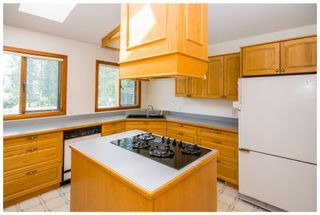 Photo 19: 2598 Golf Course Drive in Blind Bay: Shuswap Lake Estates House for sale : MLS®# 10102219