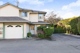 """Photo 1: 1 19270 122A Avenue in Pitt Meadows: Central Meadows Townhouse for sale in """"HERON COURT"""" : MLS®# R2433591"""