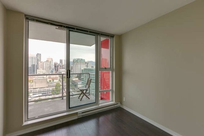 Photo 11: Photos: 2303 602 CITADEL Parade in Vancouver West: Downtown VW Home for sale ()  : MLS®# R2078141