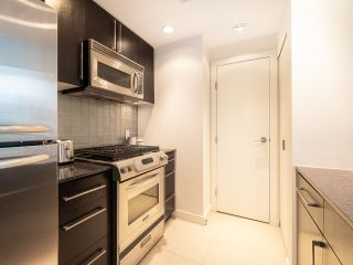 Photo 14: 1106 638 BEACH CRESCENT in Vancouver: Yaletown Condo for sale (Vancouver West)  : MLS®# R2499986