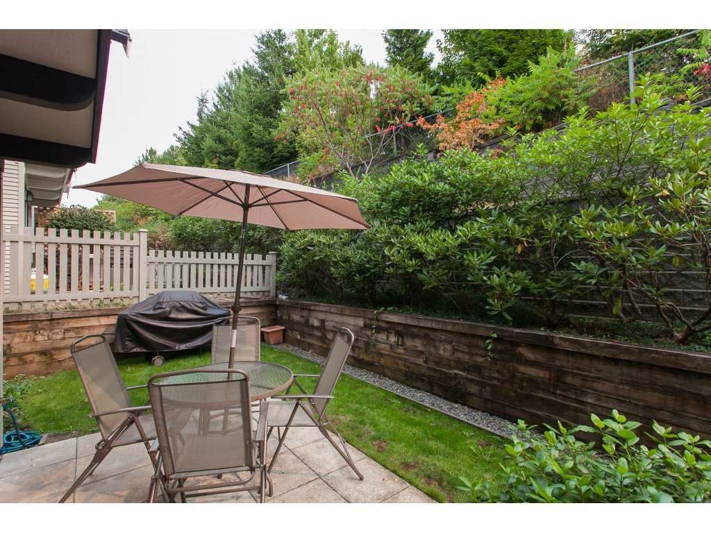 Photo 2: Photos: 48 6747 203 Street in Langley: Willoughby Heights Townhouse for sale : MLS®# R2202915