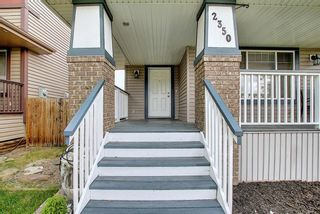 Photo 2: 2350 Sagewood Crescent SW: Airdrie Detached for sale : MLS®# A1117876
