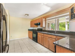 """Photo 11: 14172 85B Avenue in Surrey: Bear Creek Green Timbers House for sale in """"Brookside"""" : MLS®# R2482361"""
