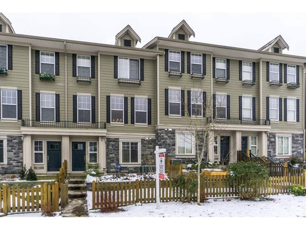 Main Photo: 21134 80A Avenue in Langley: Willoughby Heights Condo for sale : MLS®# R2242006