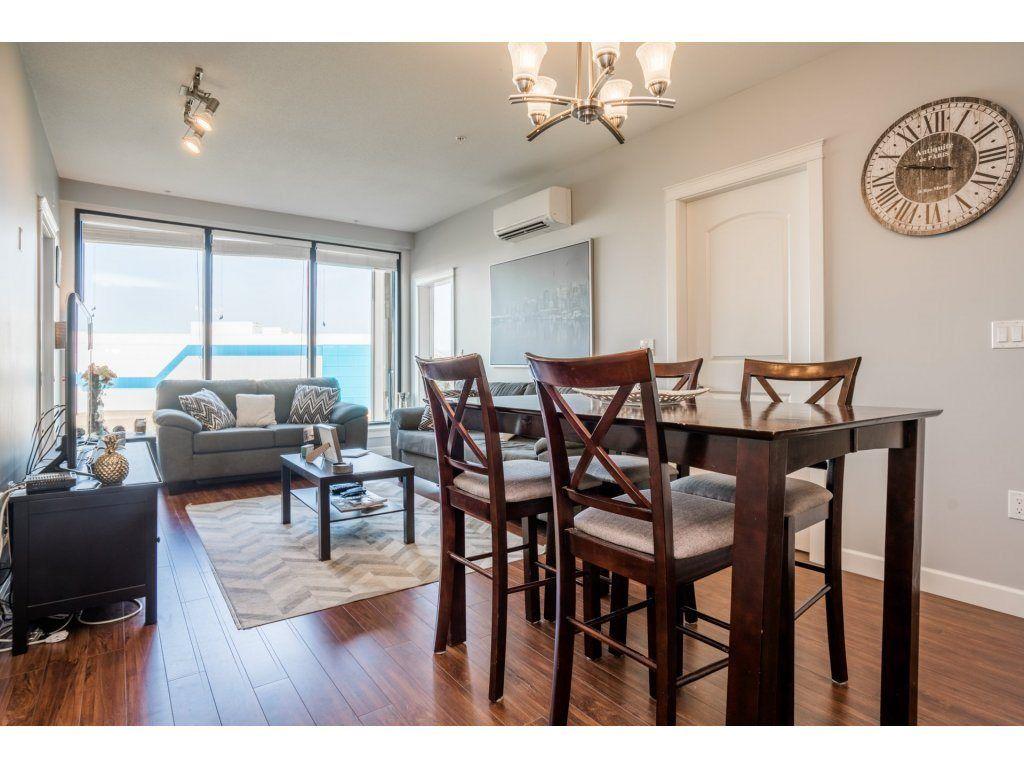 "Photo 3: Photos: 314 12635 190A Street in Pitt Meadows: Mid Meadows Condo for sale in ""CEDAR DOWNS"" : MLS®# R2189305"