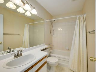 Photo 19: 128 15501 89A AVENUE in Surrey: Fleetwood Tynehead Townhouse for sale : MLS®# R2540692