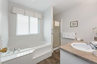 Photo 16: 551 Hobson Pl in : CV Courtenay East House for sale (Comox Valley)  : MLS®# 874209