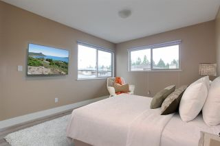"""Photo 5: 44 16655 64 Avenue in Surrey: Cloverdale BC Townhouse for sale in """"Ridgewoods"""" (Cloverdale)  : MLS®# R2255540"""