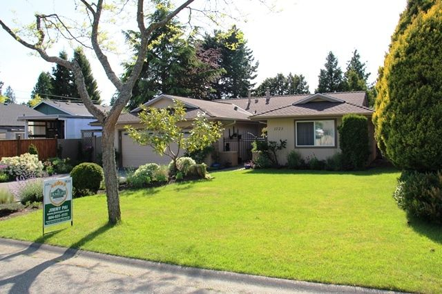 Main Photo: 1723 146TH Street in South Surrey White Rock: Home for sale : MLS®# F1412558