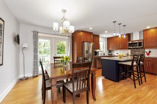Photo 8: 12124 GEE Street in Maple Ridge: East Central House for sale : MLS®# R2579289