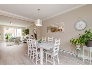"""Photo 7: 209 16488 64 Avenue in Surrey: Cloverdale BC Townhouse for sale in """"Harvest"""" (Cloverdale)  : MLS®# R2376091"""