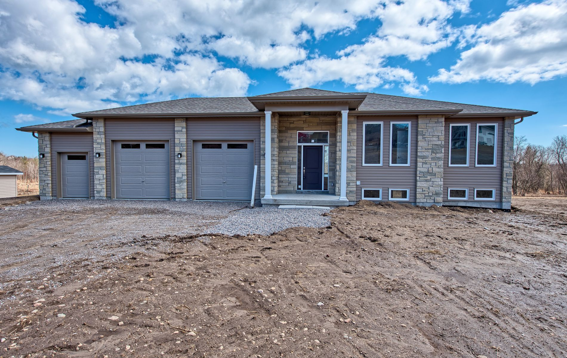 Main Photo: 12901 County Rd. 2 in Cramahe: Freehold for sale : MLS®# X4399084
