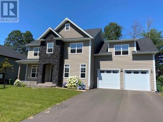 Photo 1: 93 Nash Drive in Charlottetown: House for sale : MLS®# 202119991