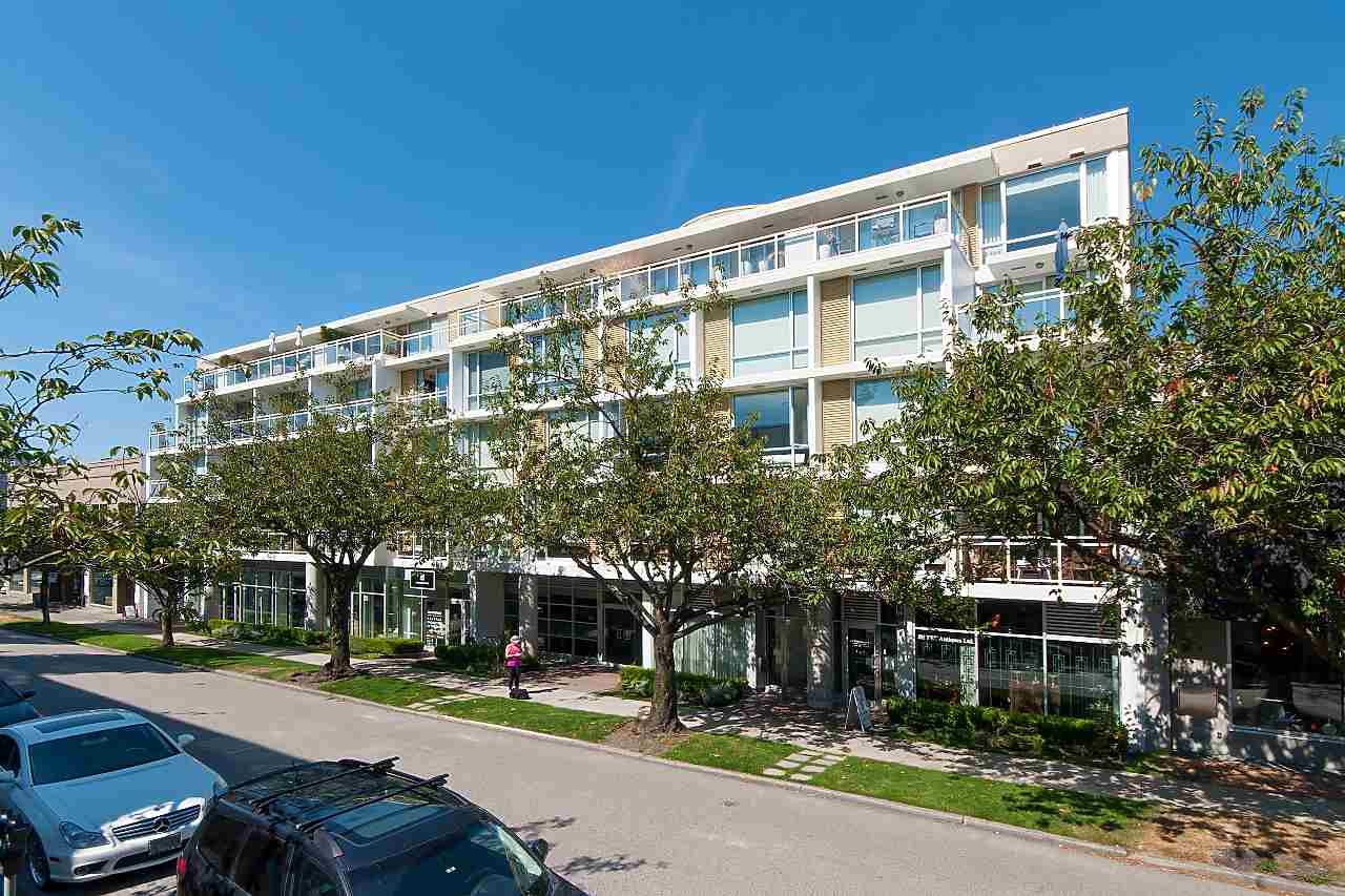 """Main Photo: 205 1635 W 3RD Avenue in Vancouver: False Creek Condo for sale in """"LUMEN by BUCCI"""" (Vancouver West)  : MLS®# R2313662"""