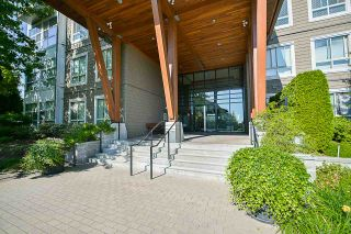 Photo 2: 409 6628 120 STREET in Surrey: West Newton Condo for sale : MLS®# R2463342