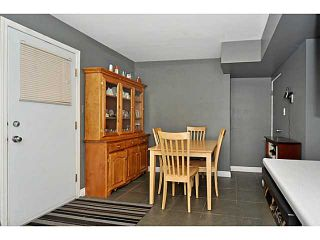 Photo 8: 553 REGAL Park NE in CALGARY: Renfrew Regal Terrace Townhouse for sale (Calgary)  : MLS®# C3570171