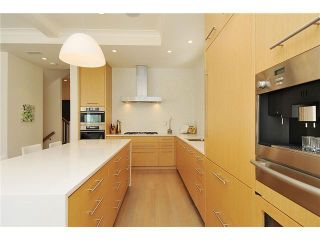 Photo 2: 4386 W 11TH AV in Vancouver: Point Grey House for sale (Vancouver West)  : MLS®# V986804