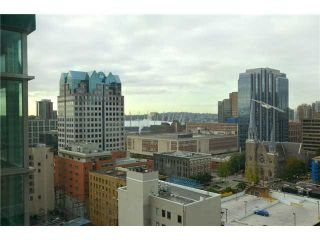"""Photo 8: 2001 438 SEYMOUR Street in Vancouver: Downtown VW Condo for sale in """"CONFERENCE PLAZA"""" (Vancouver West)  : MLS®# V916665"""
