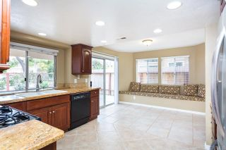 Photo 14: House for sale : 4 bedrooms : 1320 Cambridge Court in San Marcos