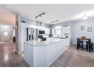 """Photo 11: 37 5708 208 Street in Langley: Langley City Townhouse for sale in """"Bridle Run"""" : MLS®# R2533502"""