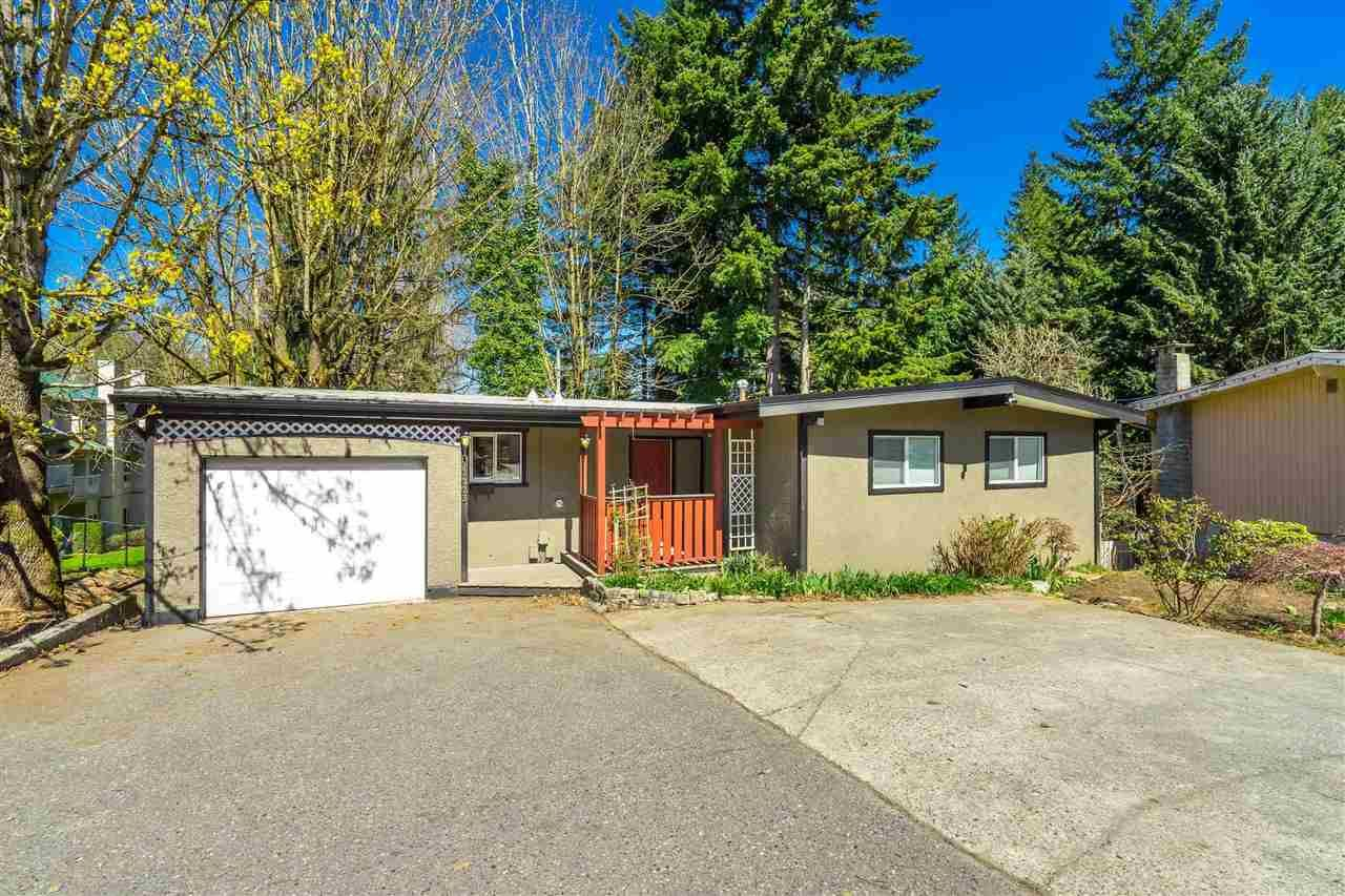 Main Photo: 33223 GEORGE FERGUSON Way in Abbotsford: Central Abbotsford House for sale : MLS®# R2588800