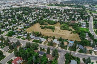 Photo 9: 110 Assiniboine Drive in Saskatoon: River Heights SA Residential for sale : MLS®# SK866495