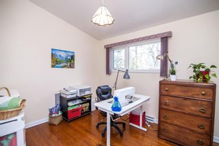 Photo 17: 52 Henday Bay in Winnipeg: Residential for sale (5G)  : MLS®# 202008323