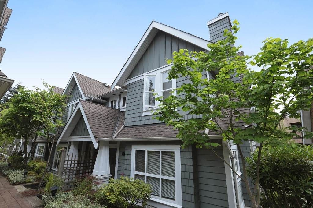 "Main Photo: 9 2688 MOUNTAIN Highway in North Vancouver: Westlynn Townhouse for sale in ""Craftsman Estates"" : MLS(r) # R2170242"