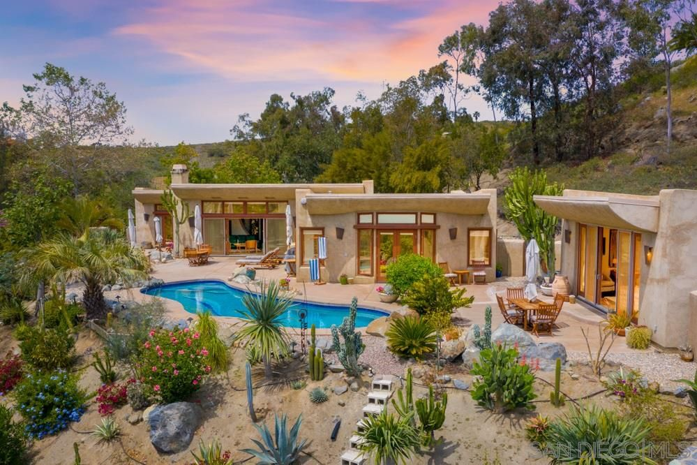 Main Photo: JAMUL House for sale : 5 bedrooms : 2647 MERCED PL