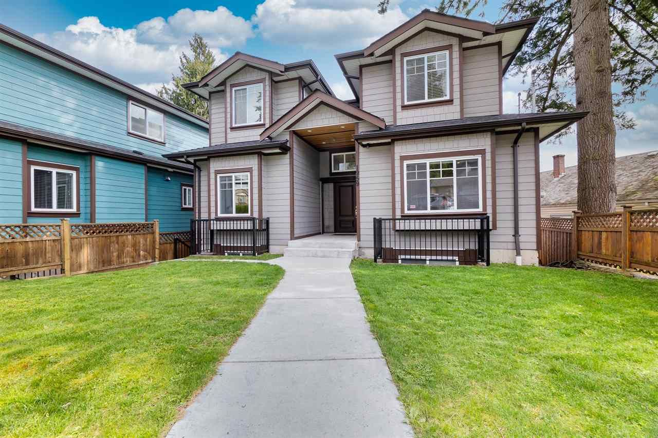 Main Photo: 1959 PITT RIVER Road in Port Coquitlam: Lower Mary Hill House for sale : MLS®# R2556723