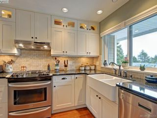 Photo 8: 4902 Alamida Cres in VICTORIA: SE Cordova Bay House for sale (Saanich East)  : MLS®# 763407