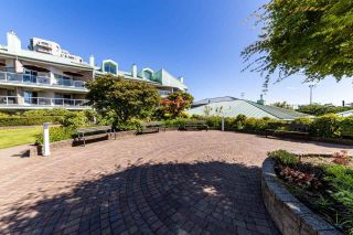 """Photo 24: 2201 33 CHESTERFIELD Place in North Vancouver: Lower Lonsdale Condo for sale in """"Harbourview Park"""" : MLS®# R2549622"""