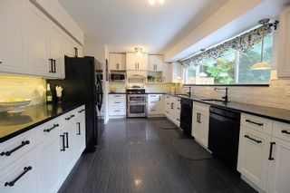 """Photo 5: 19921 46 Avenue in Langley: Langley City House for sale in """"Mason Heights"""" : MLS®# R2281158"""