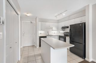 Photo 4: 1406 650 10 Street SW in Calgary: Downtown West End Apartment for sale : MLS®# C4303529