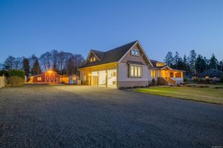 Photo 2: 3816 Stuart Pl in : CR Campbell River South House for sale (Campbell River)  : MLS®# 863307