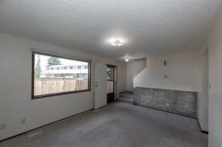 Photo 12: 1945 73 Street in Edmonton: Zone 29 Townhouse for sale : MLS®# E4198688