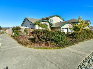 Photo 1: 2101 Varsity Dr in : CR Willow Point House for sale (Campbell River)  : MLS®# 857657
