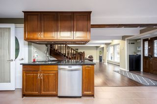 Photo 10: 948 BLUE MOUNTAIN Street in Coquitlam: Coquitlam West House for sale : MLS®# R2544232