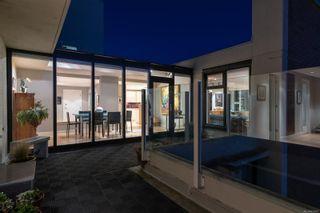 Photo 1: 901 670 Dallas Rd in : Vi James Bay Condo for sale (Victoria)  : MLS®# 855547