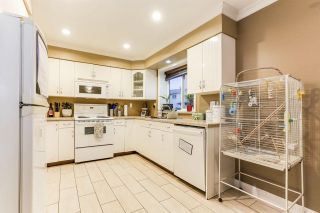 Photo 2: 1205 SECRET Court in Coquitlam: New Horizons House for sale : MLS®# R2437019