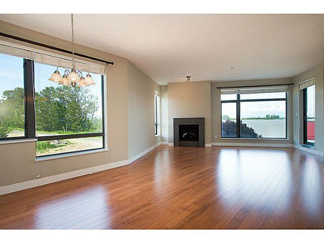 """Photo 3: Photos: 304 14300 RIVERPORT Way in Richmond: East Richmond Condo for sale in """"Waterstone Pier"""" : MLS®# V1098515"""