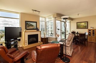 "Photo 8: 1306 15152 RUSSELL Avenue: White Rock Condo for sale in ""Miramar Village"" (South Surrey White Rock)  : MLS®# R2377952"